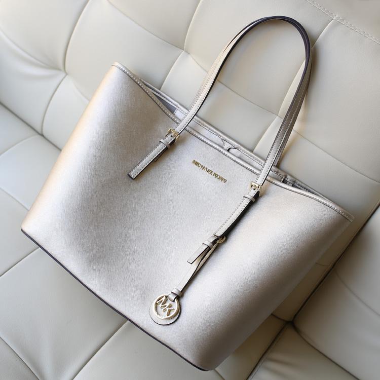 热销女包MK Michael Kors 银色原版牛皮女士购物袋手提包单肩包