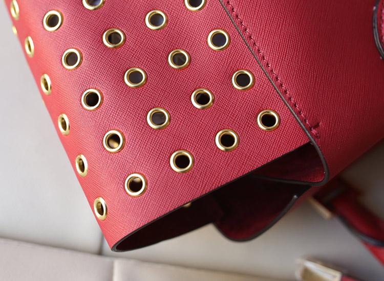 真皮女包MK Michael Kors 红色原版十字纹牛皮鸡眼侧镂空抽绳手提包