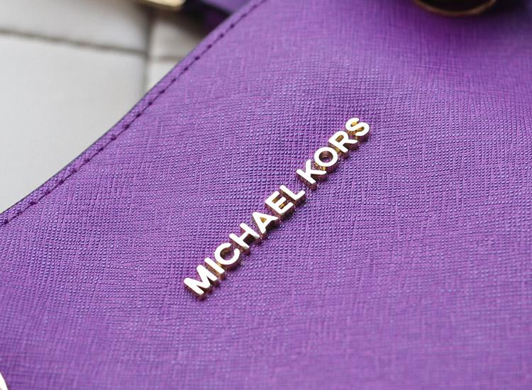 热销女包 michael kors MK原版十字纹牛皮购物袋单肩包
