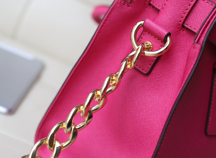 MK新款出货 锁头包 进口十字纹牛皮原版皮 玫红 女士手提斜挎包