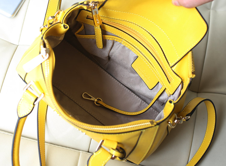 人气新款 MK杀手包 柠檬黄出货 原版十字纹牛皮