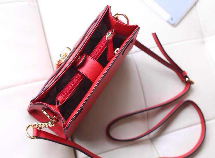 MK专柜同步新款 原版十字纹牛皮锁包 斜挎单肩女包 红色