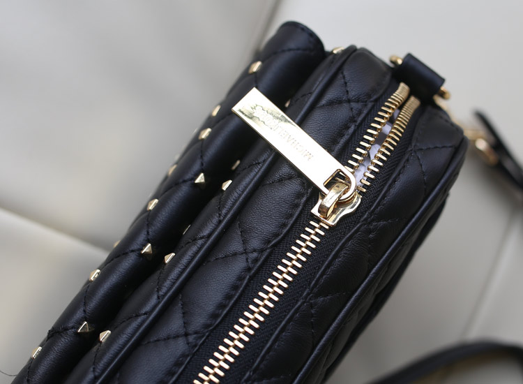 一件代发 MK羊皮铆钉包黑色 女士单肩包斜挎包真皮