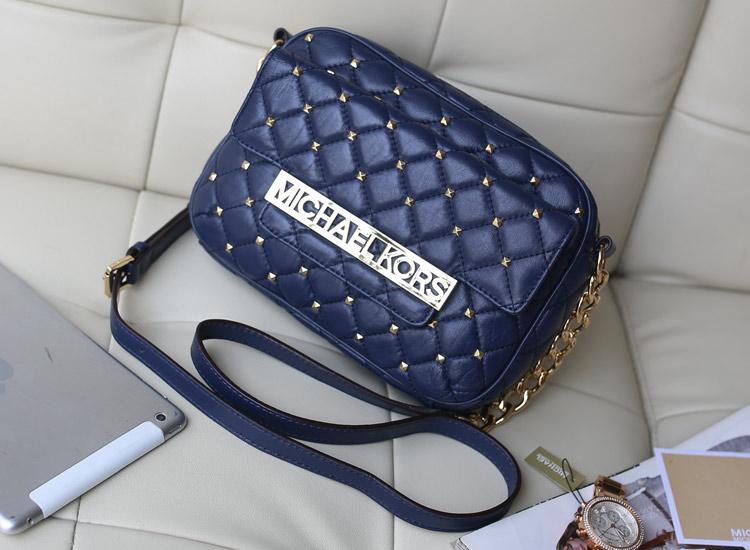 MK包包批发 新款深蓝色铆钉羊皮单肩包斜挎包时尚欧美女包