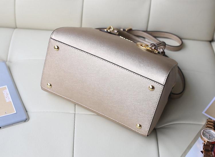 Michael Kors MK新款中号贝壳枕头包 香槟金十字纹牛皮手提包