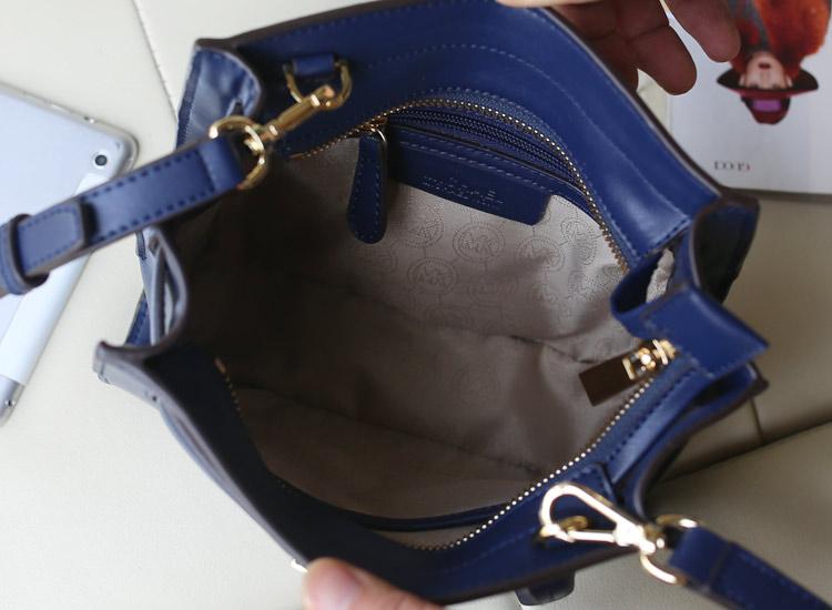 MK包包批发 进口原版牛皮 新款蝙蝠笑脸锁头包 蓝色小号 真皮女包