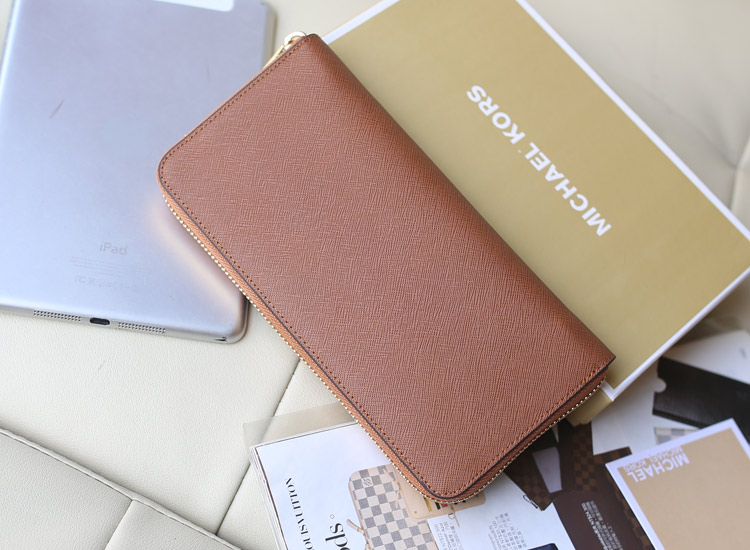 高档欧美时尚钱包 MK原版进口十字纹牛皮拉链钱夹镶钻款 咖啡色