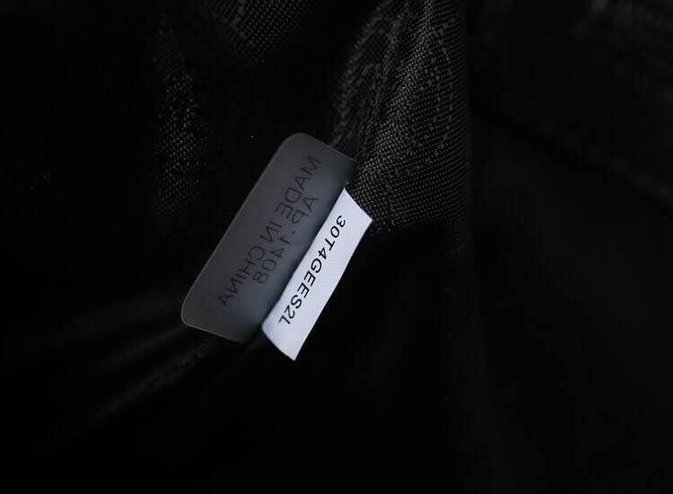 一件代发 MK新款原版进口羊皮菱格蝙蝠包 黑色中号28cm 时尚真皮女包斜挎包
