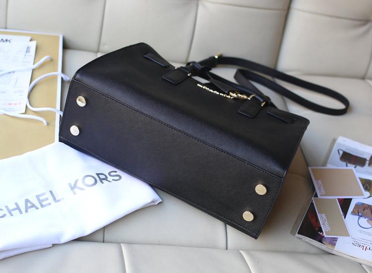 高档真皮女包批发 Michael Kors MK2015官网同步新款黑色十字纹牛皮手提斜挎女包