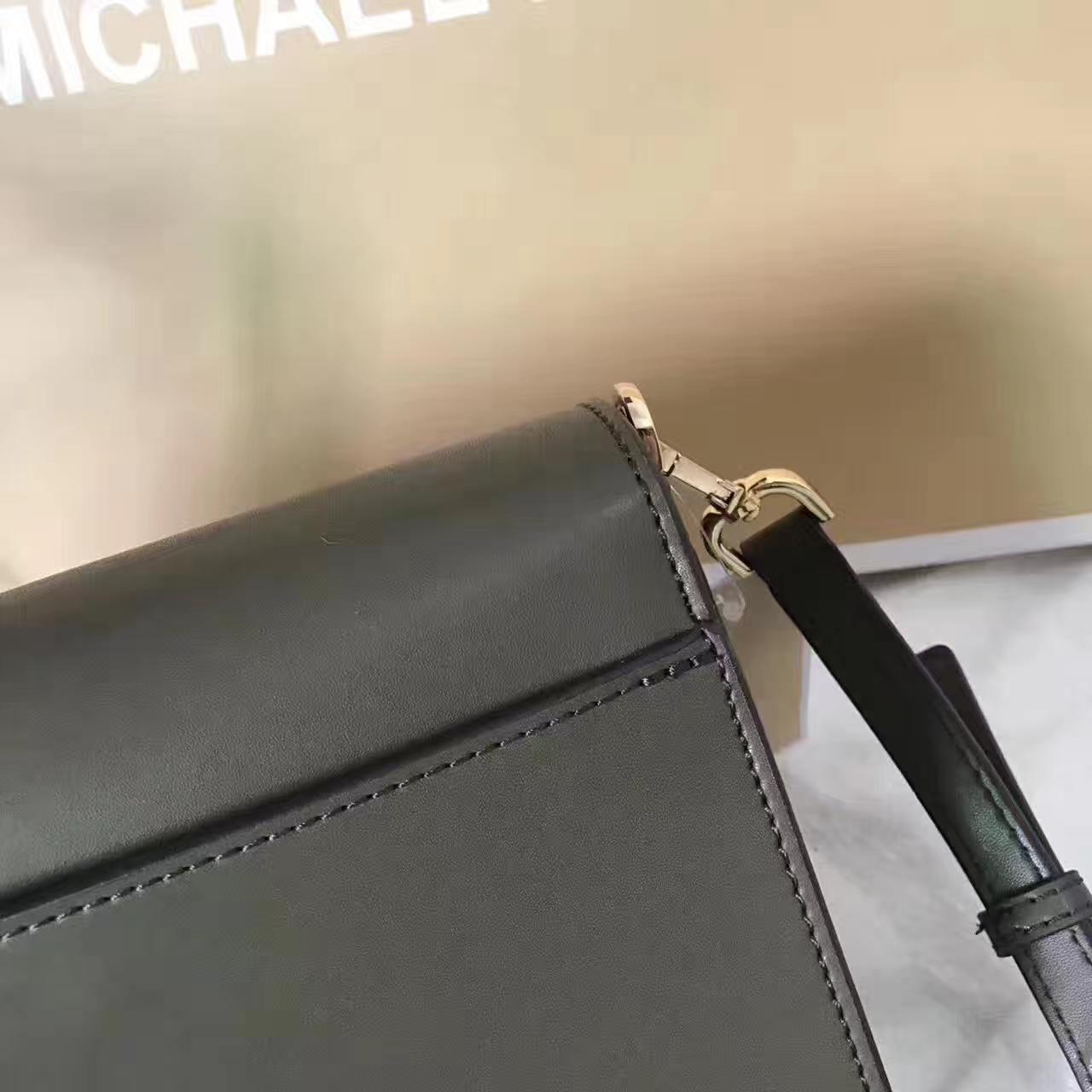 MK SloaoEditor迈克科尔斯杨幂同款橄榄绿色纳帕牛皮单肩斜挎包23CM