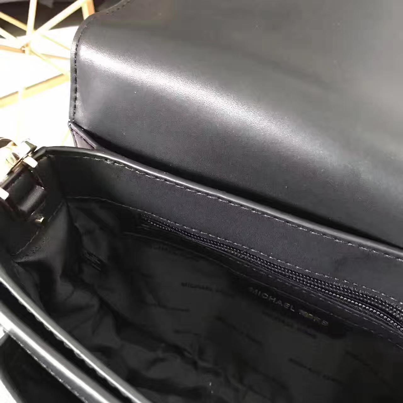 MK包包批发 杨幂同款SloaoEditor黑色进口纳帕牛皮单肩斜挎包23CM
