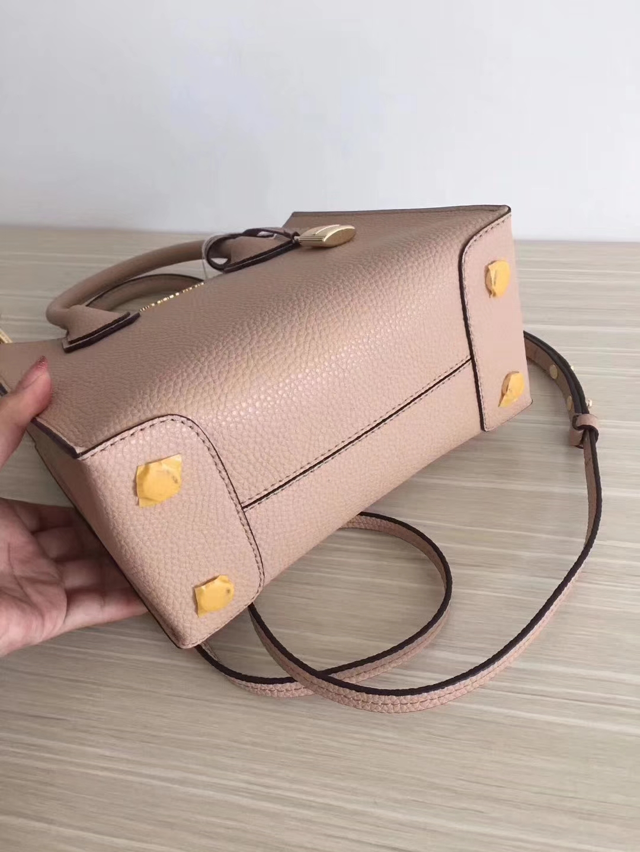 迈克科尔斯包包 MK Mercer新款锁头包手提女包 杜蛎色荔枝纹牛皮
