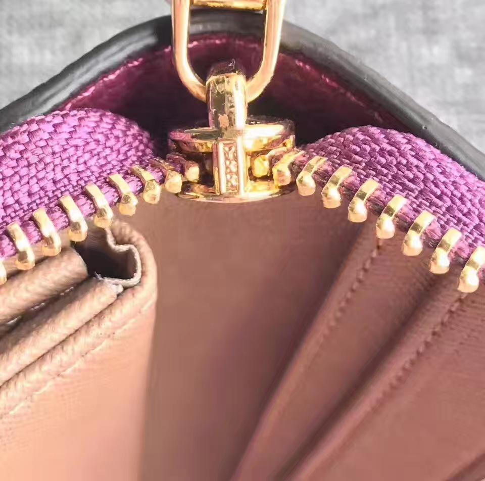 MK迈克科尔斯钱包 进口荔枝纹牛皮长款钱夹Mercer手腕包 紫红色
