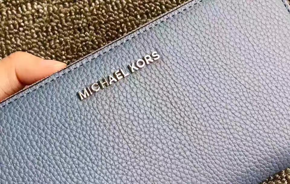 厂家直销 MKMercer手腕包拉链长款钱夹21CM 车菊蓝色原版荔枝纹牛皮