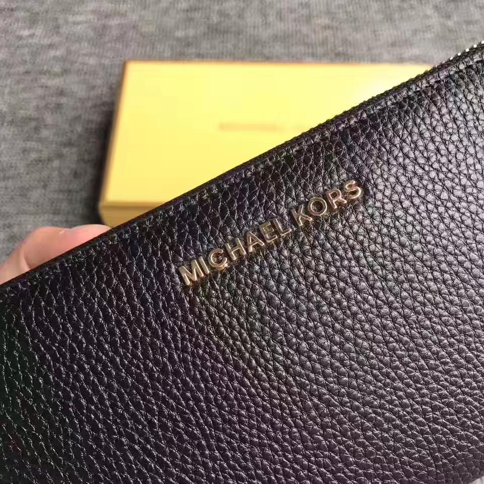 迈克科尔斯MK新款手包 黑色荔枝纹牛皮Mercer手腕包长款钱包21CM