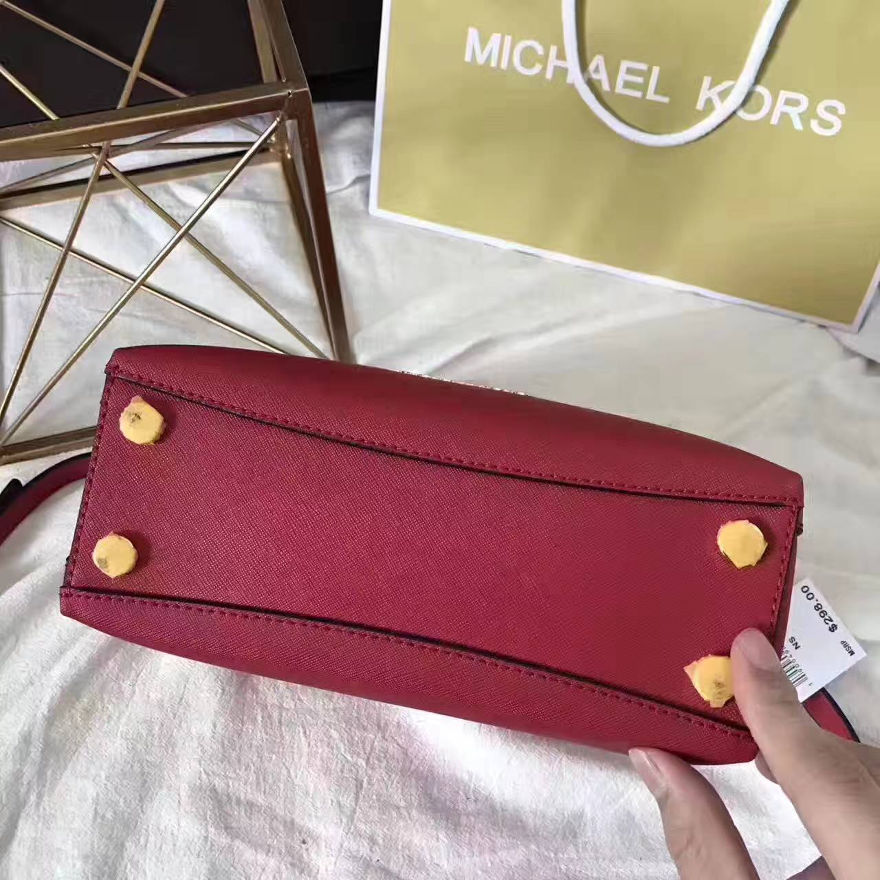 MK包包批发 迈克科尔斯十字纹牛皮玉石单肩包斜挎女包 红色
