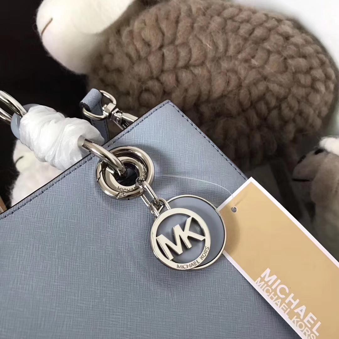 MK包包批发 迈克科尔斯MK新款玳瑁包小号 浅蓝色牛皮单肩女包24CM