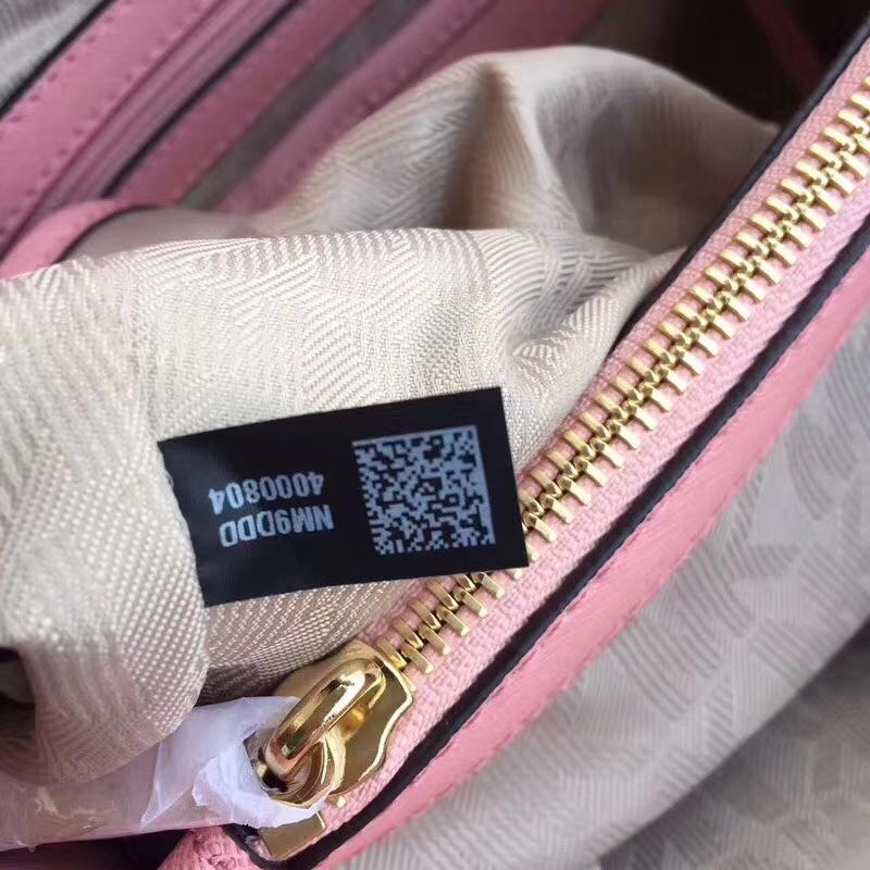 MK包包官网 迈克高仕MK玳瑁包中号 虾粉色原单十字纹牛皮女包